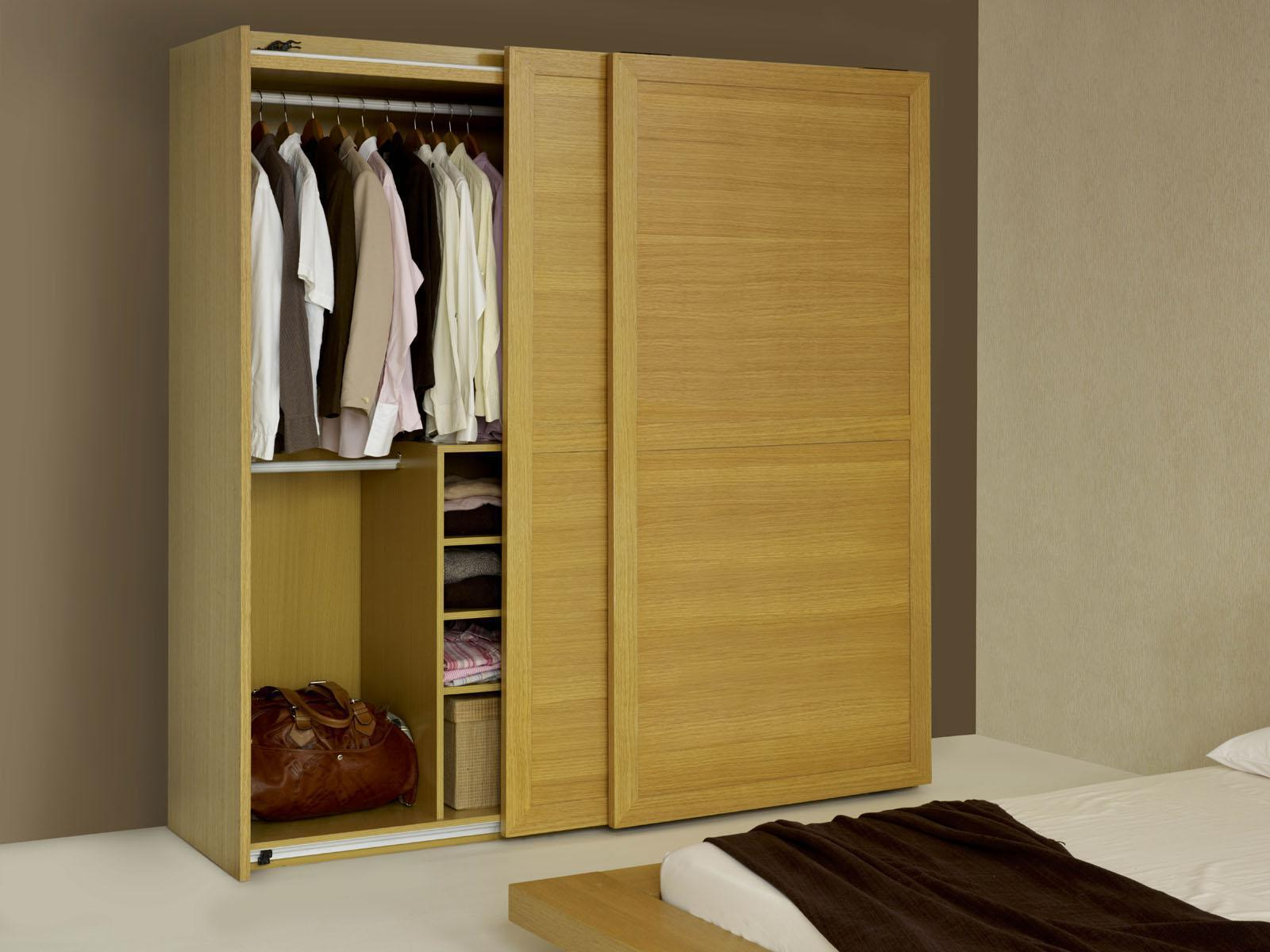 Image of: Wooden Wardrobe Design