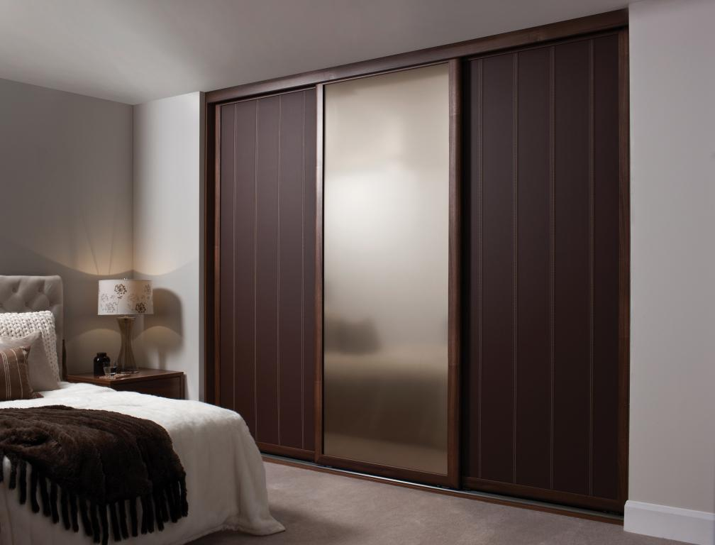 Image of: Wooden Wardrobe